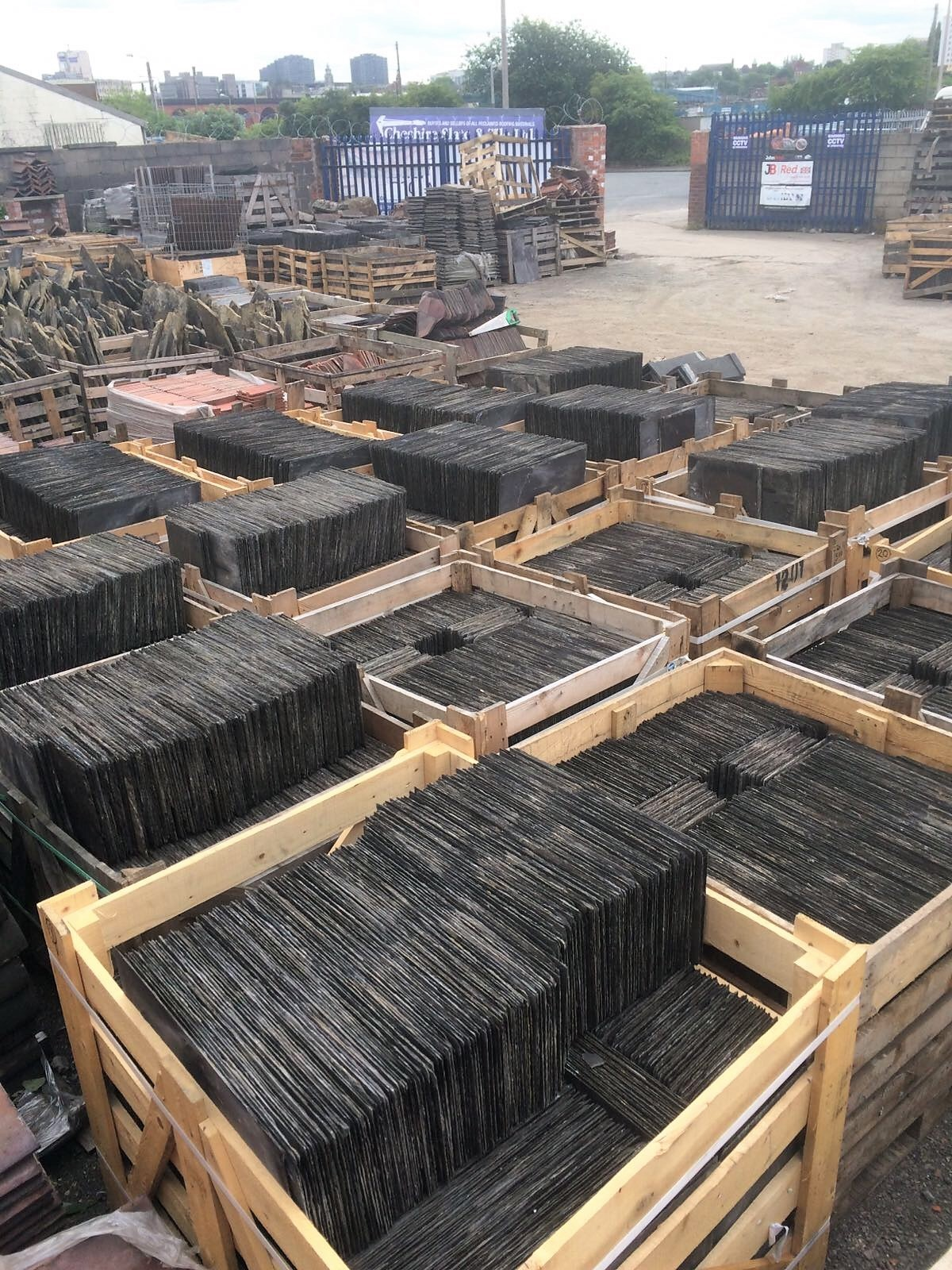 OUR YARD – RECLAIMED SLATES AND OTHER ROOFING PRODUCTS